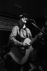 Simon at Fiddlers Elbow BW